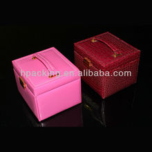 Leather finishing handmade wooden cosmtics case for stocking many jewelry