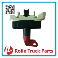 European truck auto spare parts oem 21243844 battery main switch for volvo battery master switch
