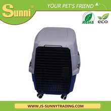 Big plastic dog kennels with wheels