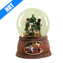 5.5inch tall christmas plastic musical snow globe for sale
