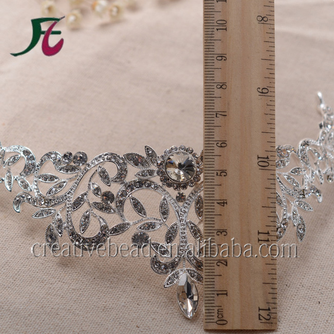 2018 Design wholesale bridal wedding rhinestone crowns And Crystal Metal Crown Tiaras In Bulk