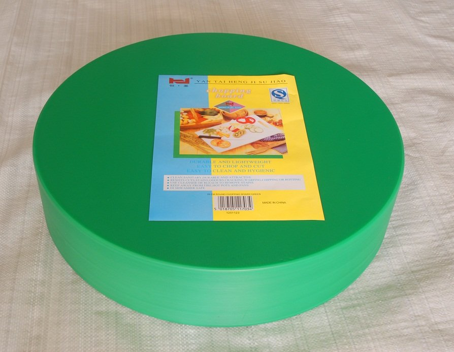 FDA disposable kitchen used pizza Layered food grade PE round plastic cutting board