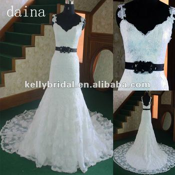Wedding Dress Bridal Expensive French Lace Dark Belt on Waist V-neckline Gown