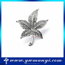 Latest new brooch design exquisite fashion design brooch in bangkok B0402