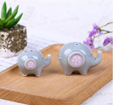 Baby shower elephant salt and pepper shaker party favor baby gift ideas