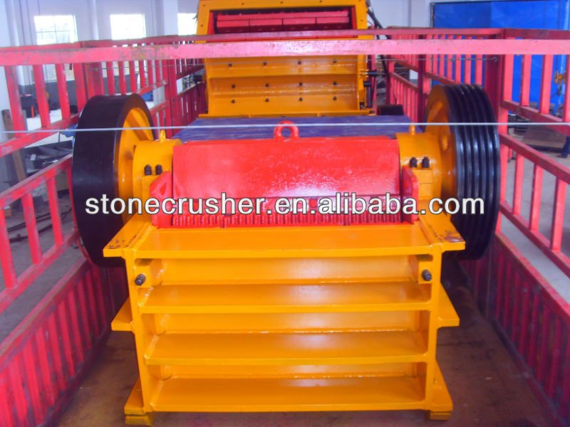 Large model stone crusher for ballast production line