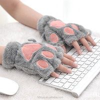 Lovely plush bear paw gloves soft glove