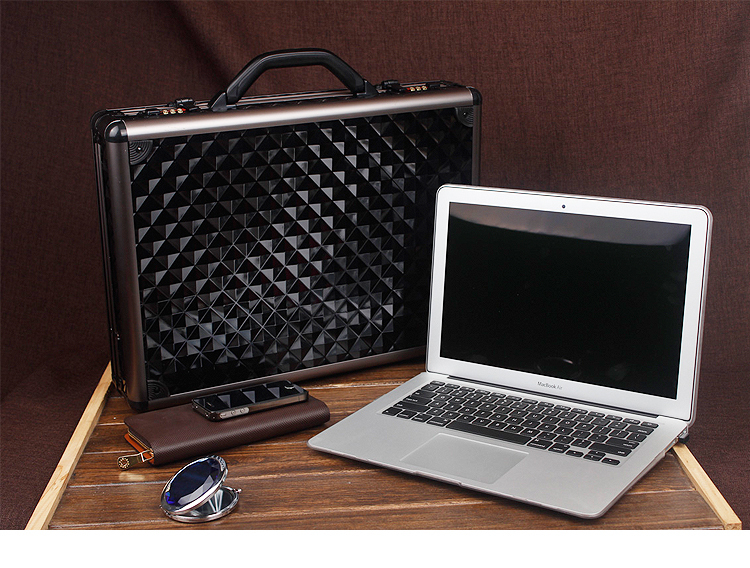 Fashion Hard Aluminum Combination Lock Black Argyle Men Lawyer Salesman Briefcase