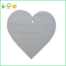 2017 China Unfinished Wood Shape Heart Laser Cut Wooden Hearts