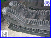 sidewall cleat conveyor belts for elevator system