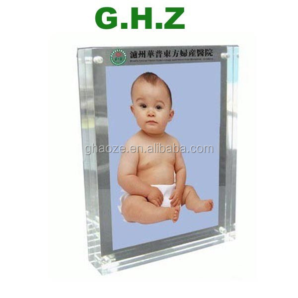 Factory Professional Acrylic Frame Acrylic Picture Frame Insert Factory
