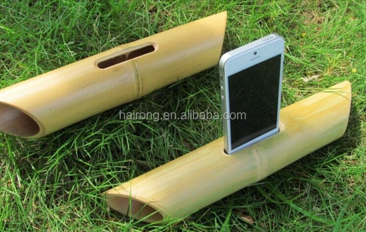 2017 new gadget natural bamboo portable wireless speaker subwoofer speaker box for iphone holder docking station