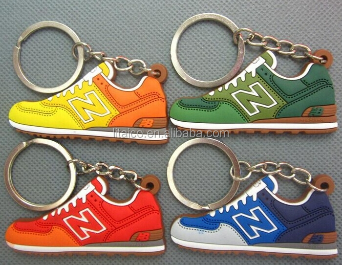 promotional embossed 3D running shoe pvc rubber keychain
