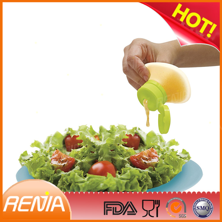 RENJIA Mini Food Storage Containers Leak-Resistant Silicone Salad Dressing Container for Condiment Sauce