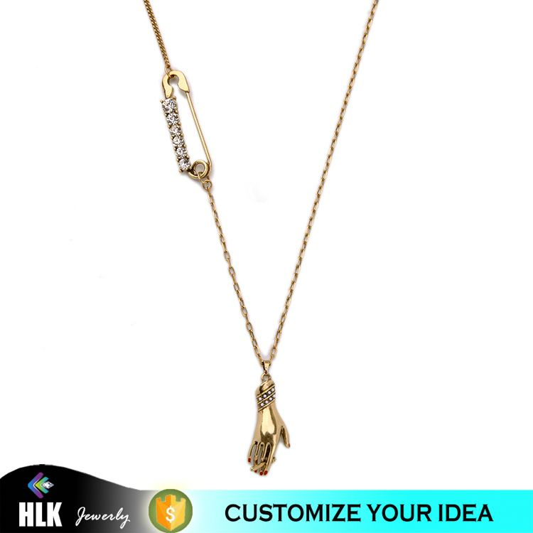 Fashoin Gold Hand Charm Small Chain Necklace, Different Types of Necklaces Chains Jewelry for Women