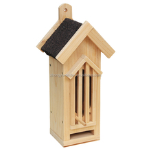 New design high quality natural handmade outdoor decoration wooden bird house
