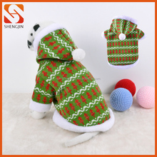 Wholesale Fashional Knitted Hoodies Pet Clothes for Dog Accessories with Pom Pom