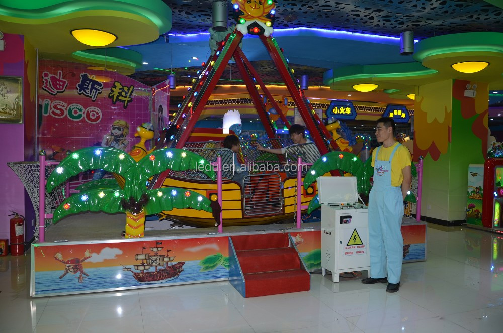 12 seats amusement park rides mini pirate ship for sale