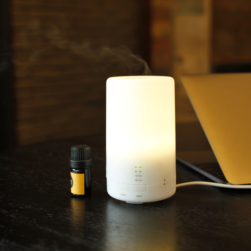 Car diffuser essential oil / Aroma car air freshener / Humidifier diffuser