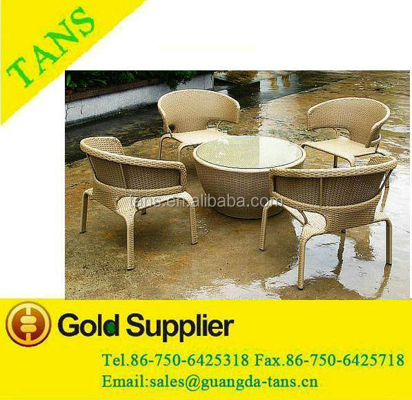 New Design PE Rattan Garden Lounge Coffee Table set Outdoor set