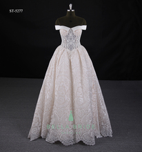 Floor touching off shoulder elegant Cinderella bridal ball gown wedding dress antique lace wedding dresses with pearls