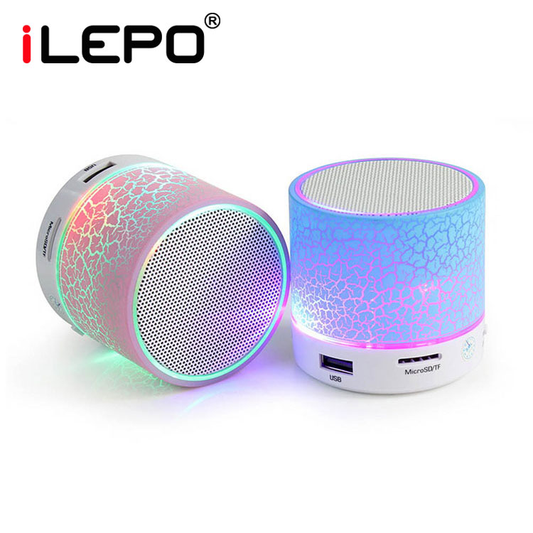 High sound quality Transmit Power class 2 300mah bluetooth 2.1 speaker 2 hours charging time