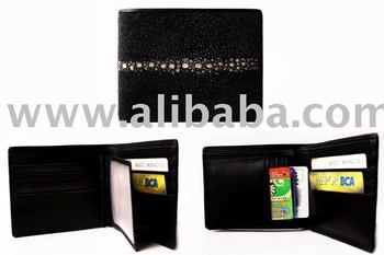 Leather wallet man