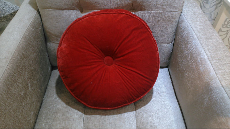 Plush big round chairs with cushions