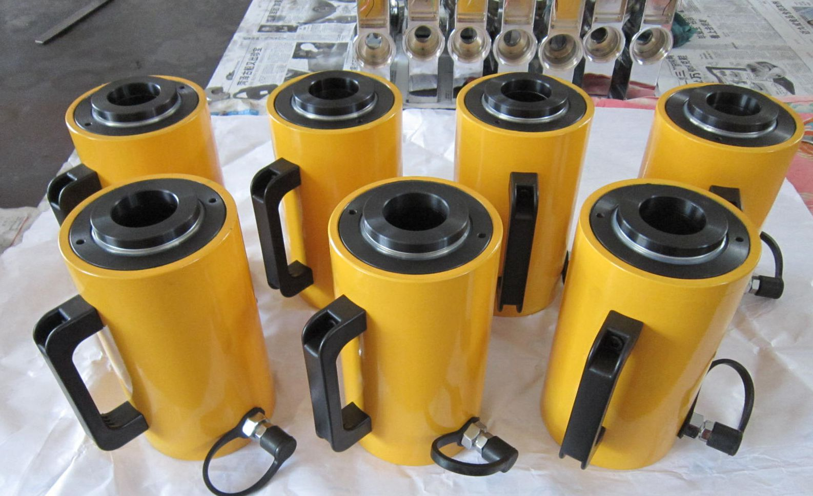 Double acting hydraulic cylinder 30 ton