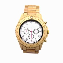 Wholesale and retail available green sandal wood watches with Date function CE/Rohs standards green sandal wod watches