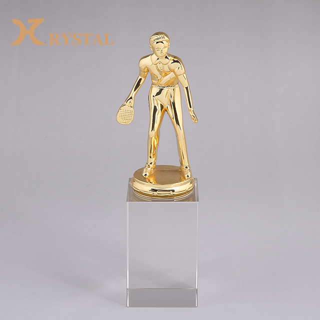 Wholesale Custom Prize Item Sports Cups Award Crystal Award Trophy