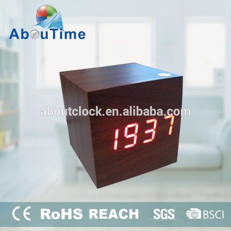 Square shape wooden table clock with calendar