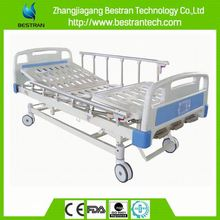 China BT-AM105 Cheap Manual Hospital Patient Bed, electric hospital bed with 3 column motors