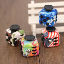 Fashion Stress Relief Figet magical Cube spinner Colors magic Figet Cube duire Pressure Dice Case original 6sides fidget cubes