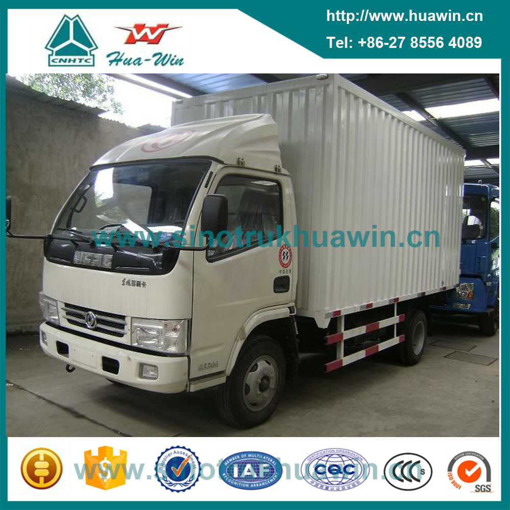 Right Hand Drive 5 Tons Dongfeng 4x2 Small Cargo Vans for Sale