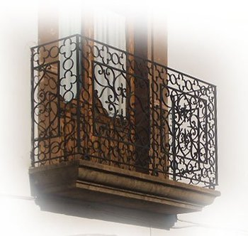 custom wrought iron balcony railings