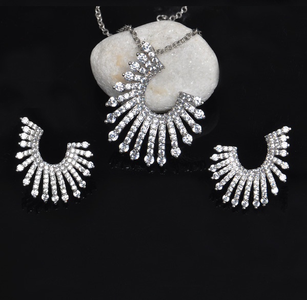 Hot Silver Jewelry Set /Costume Jewelry Set /Silver & Gold Necklace And Earrings Set