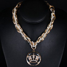Pearl Metal Chain 3D Crystal Crown Pendant Chunkys Bib Necklace