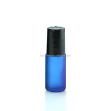 5ml thick blue frosted roll on glass bottle with Stainless steel roller ball