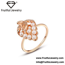 Trend women fruit accessories Rose gold strawberry pearl ring couple jewelry wholesale products ladies rings