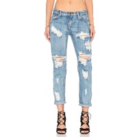 2016 latest design pictures of ripped jeans women damaged jean pants