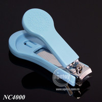 Nail Clipper with Plastic Cover