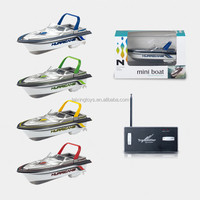 New Design 13CM Mini Wireless RC&Remote Control Boat/Ship Kids Toys