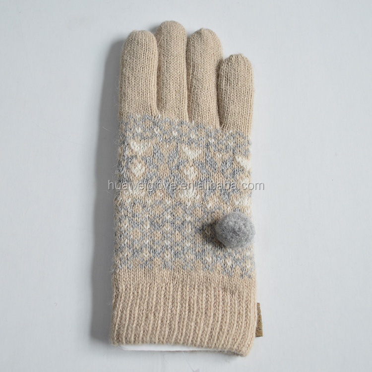 HOT SELLING,Creamy White Women Acrylic Knitted Gloves with a Ball on the Back
