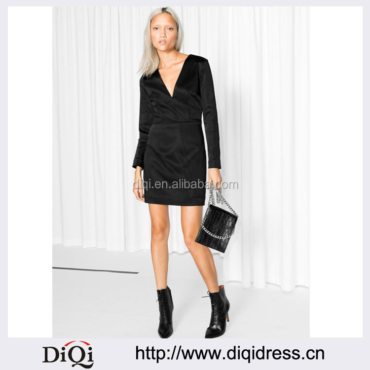 Wholesale Ladies Fashionable Long Sleeve V-neck Glossy Little Black Dress(DQE0070D)