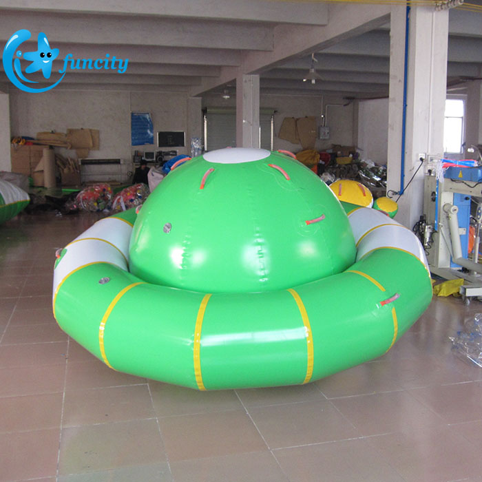 0.9mm PVC Tarpaulin Green Inflatable Saturn Rocker Water Park Toys