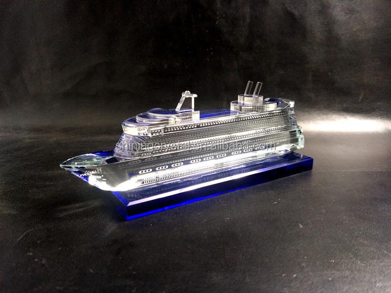 crystal yacht model 01.jpg