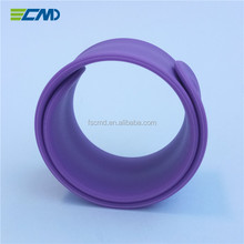 Chinese supplier custom wholesale slap & snap wristbands silicone rubber bracelets