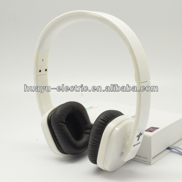 Fashionable head earphone used for Apple product and Android phone