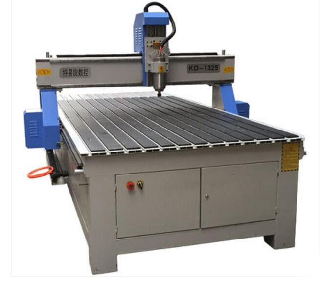China machinery 2.2kw 3kw 4.5kw 1325 3D wood cnc router with CE